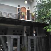 Rumah Nyaman dan Strategis di Taman Cimanggu