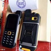 Handphone Landrover Multifungsi IP67 Tahan Air Dan Benturan