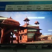 Samsung 32inch Smart TV Bisa Dicicil Tanpa Bunga Tanpa Kartu