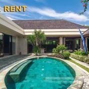 Villa Luxury 3 Bedroom Full Furnish Di Padang Galak Sanur Bali