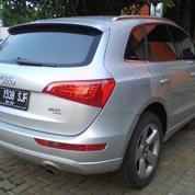 Audi Q5 2.0 T FSI AT 2012, Silver Metalik
