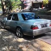 Mercedes Benz Boxer W124 Silver 200E Pribadi