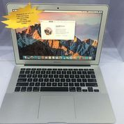 MacBook Air 13'' Core I5 Early 2014