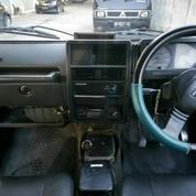 Mobil Suzuki Katana Tahun 93