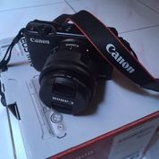 Mirrorless Canon Eos 10 Full Kit Siap Pakai