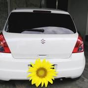 Suzuki Swift Putih Manual