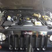 Wrangler Sahara Diesel 4-Door 2012 Hitam