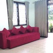 Villa Istana Bunga Lembang / Villa Daisy