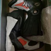 """DAINESE"" Sepatu Boot"