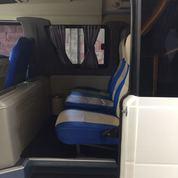 Mobil Microbus Isuzu