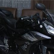 Yamaha R15 Hitam Tahun 2015
