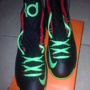 Sepatu Basket Kevin Durant