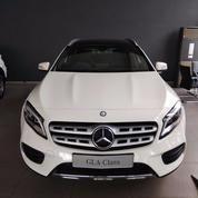 Promo DP Ringan New Mercedes-Benz GLA 200 With AMG Line Harga Terbaik