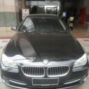 BMW 520 I AT Black On Black X Display Dealer Resmi BMW Sangat Mulus