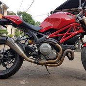 Ducati Monster 1100 Evo Tahun 2012