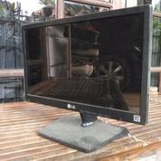 Monitor LCD LG 16 Inch