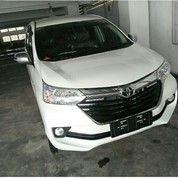 Toyota Avanza G MT White