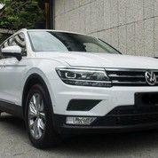 2017 Volkswagen New Tiguan With Park Assist