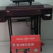 Mesin Jahit Singer