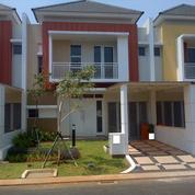 Rumah Lebar, Luas Di Cluster Bluebell Summarecon Bekasi