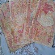Pecahan Kertas Rp 100,00