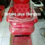 Kursi Keramas Merah Jok Kancing
