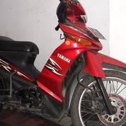 Motor Yamaha Vega ZR Merah