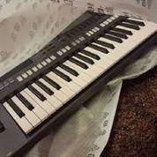 Keyboard Yamaha Psr S770