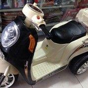 Motor Aki Scoopy Mainan Anak