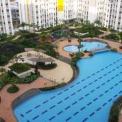 Apartement Springlake Tower DAVALIA 2BR View POOL Summarecon Bekasi