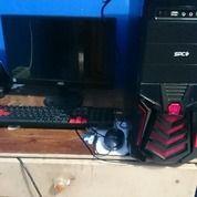 Komputer Merek AOC Dan Cpu Merek SPC