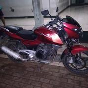 Motor Bajaj Pulsar 200
