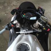 Motor Kawasaki Ninja 250 Fi Tahun 2013