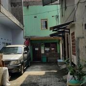 Rumah Kos Aktif 2 Lantai Di Jalan Menur