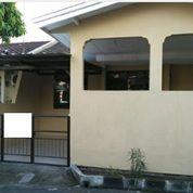 Rumah Butuh Sedikit Renovasi, Di Taman Yasmin