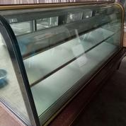 Showcase Cake Chiller / Pajangan Kue Cover Granit