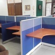Partisi Kantor 5 Meja
