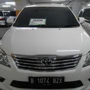 Toyota Innova V 2012 Warna Putih