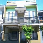 Rumah 3 Lantai Di Graha Raya Bintaro