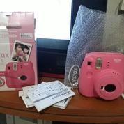 Kamera Fuji Instax Mini 9