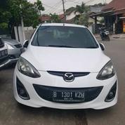 Mazda 2 White 2013