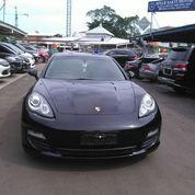 Porsche Panamera 2012 Hitam