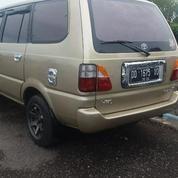 Kijang LGX 1.8 Thn 2002 Bensin Mulus Hp 082197764489