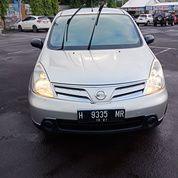 Nissan Grandlivina Sv 2011 ( Matic )