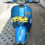 Vespa PX 150 Tahun 1980