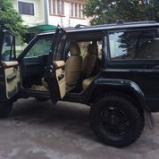 Jeep Cherokee Limited 3960 TH 98