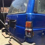 Mobil Daihatsu Jeep Taft Th1990