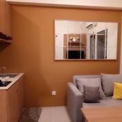 Sewa Bulanan Apartemen Green Pramuka City Full Compact Furnished