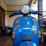 Motor Vespa P150s