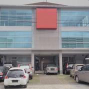 Gedung 3 Lantai Jl Gejayan Dekat UGM